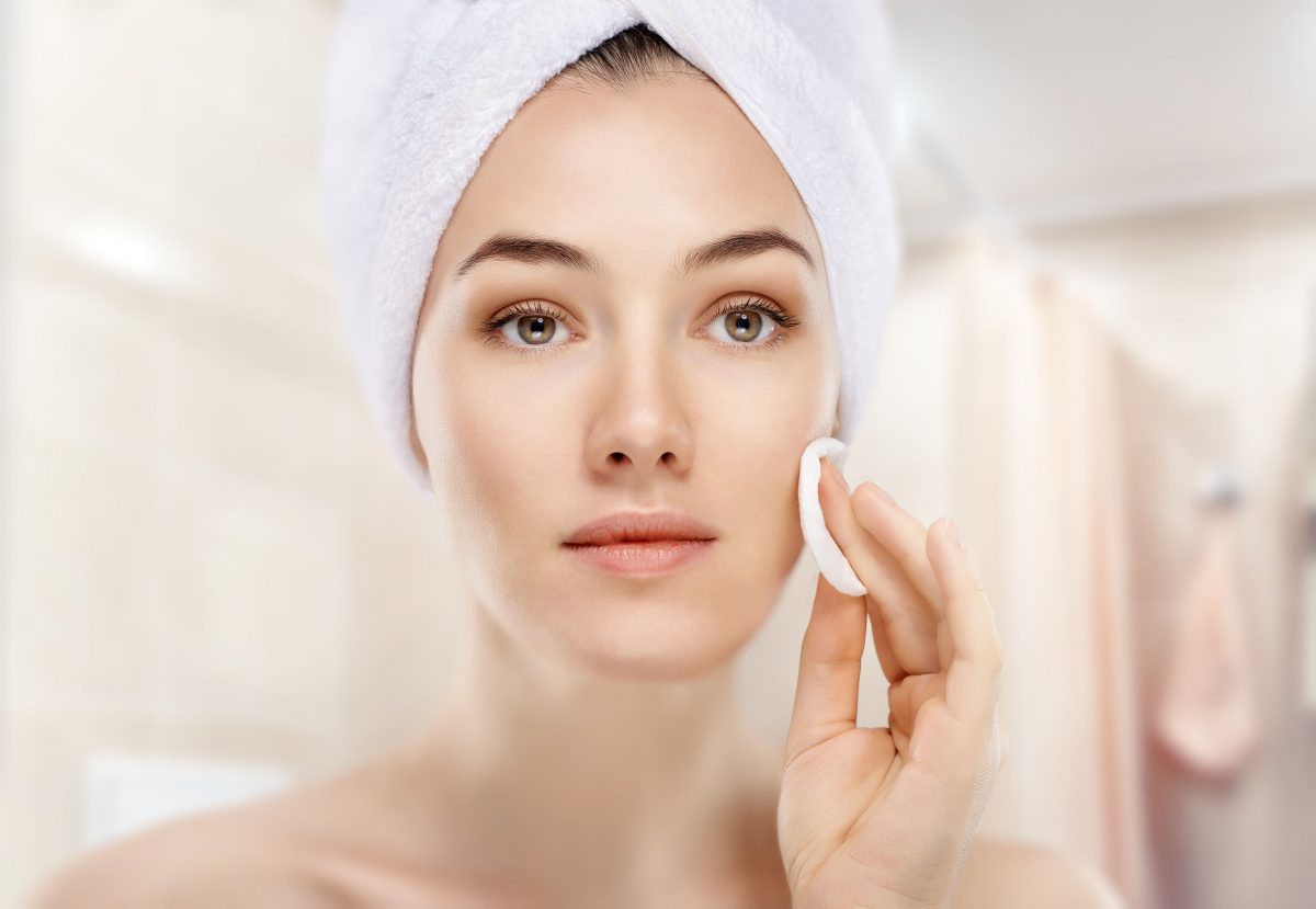 What Is The Correct Order Of Skin Care Products For The Face?